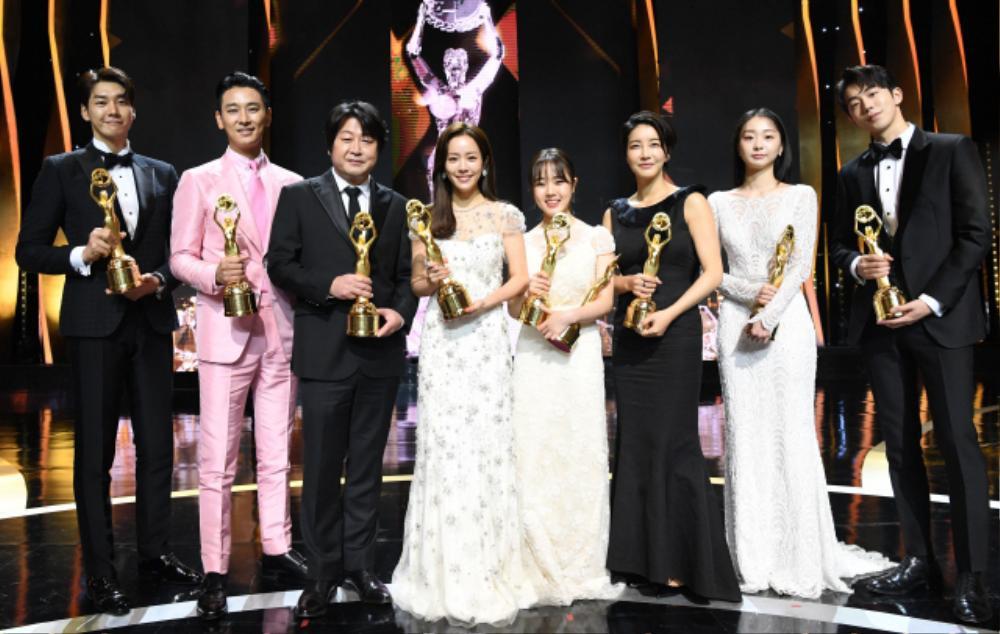 Công bố đề cử giải thưởng 'Rồng Xanh 2020': Ai sẽ trở thành 'Ảnh đế - Ảnh hậu' năm nay? Ảnh 2