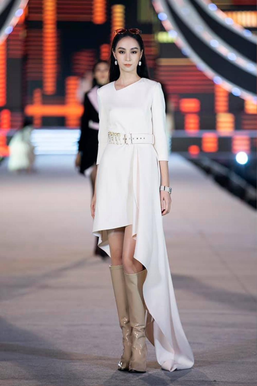 Xuất hiện 'bản sao' Dương Trương Thiên Lý đẹp rực rỡ hơn cả bản chính ở Hoa hậu Việt Nam 2020 Ảnh 6