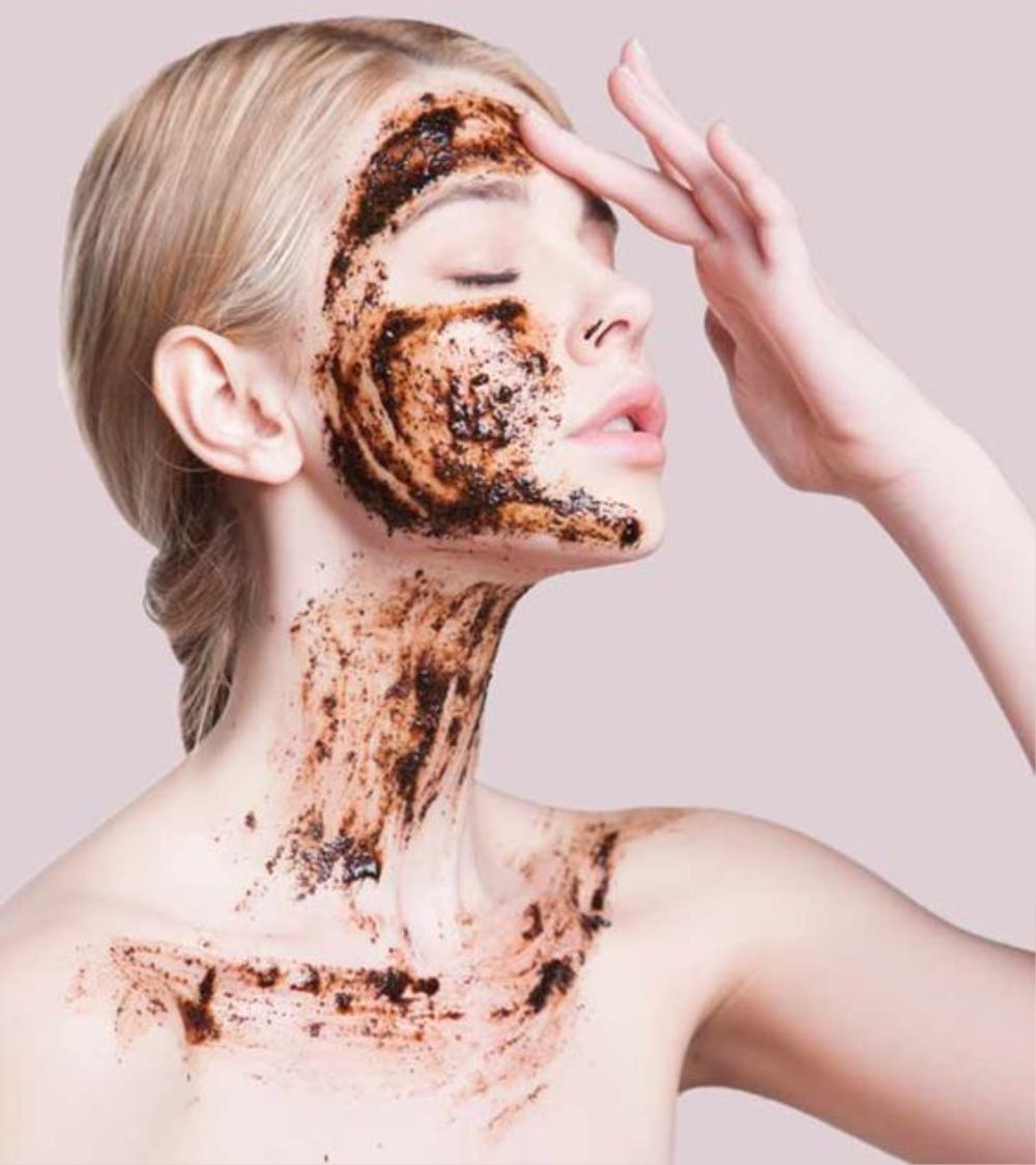7 sản phẩm skincare quen thuộc có thể làm hỏng da của bạn Ảnh 1