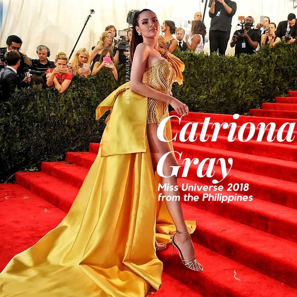 Diện bodysuit, Miss Universe 2018 - Mèo xám Catriona Gray bị chê chân to như cột đình Ảnh 1