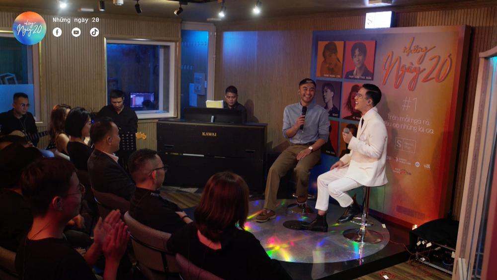 Phùng Khánh Linh, Phạm Đình Thái Ngân nghẹn ngào cảm xúc trong đêm nhạc Những ngày 20 Ảnh 3