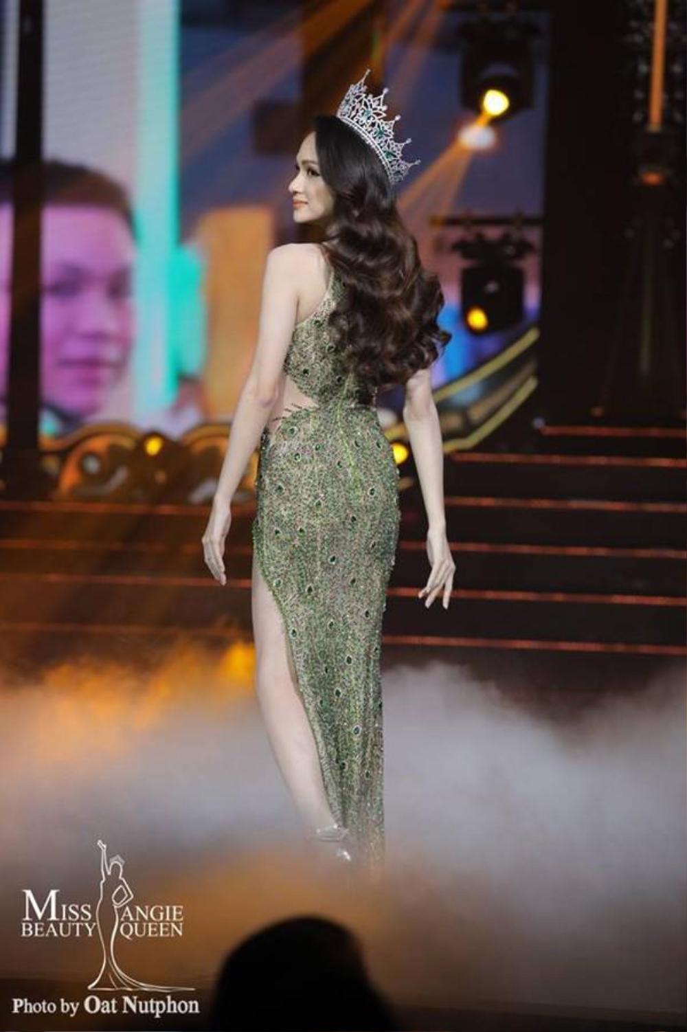 Final walk đẫm nước mắt của Hoa hậu Việt, H'Hen Niê làm fan quốc tế chao đảo Ảnh 15