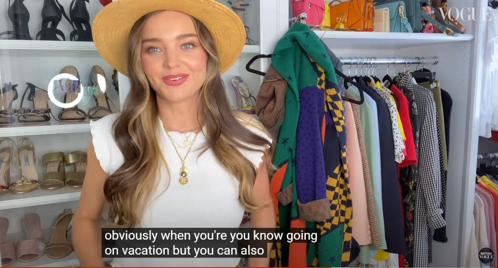 Thiên thần Miranda Kerr lần đầu tiết lộ tủ đồ và những món thời trang ruột Ảnh 12