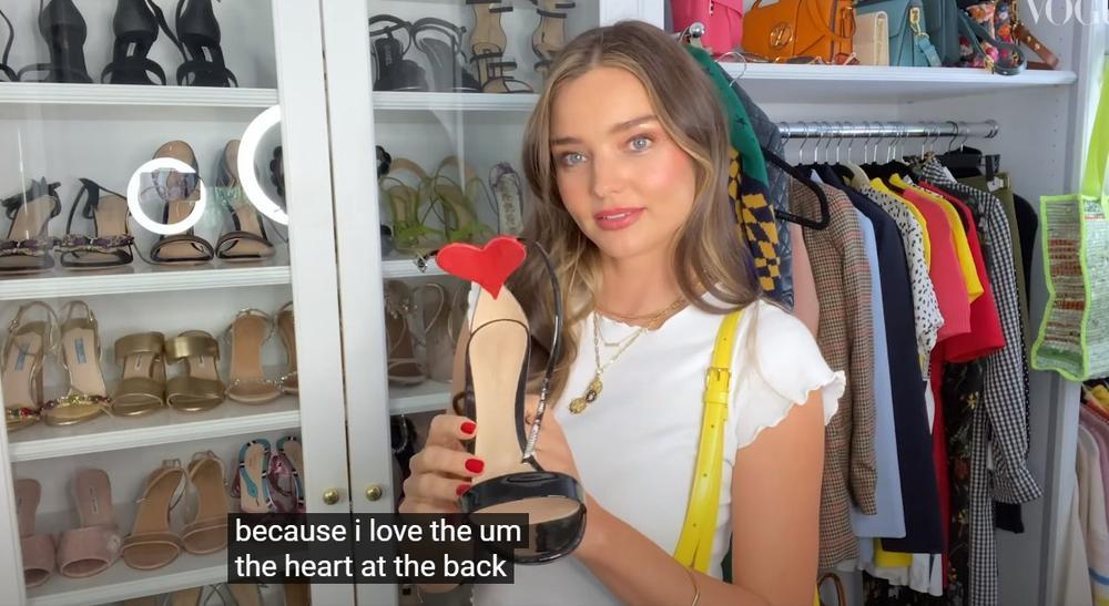 Thiên thần Miranda Kerr lần đầu tiết lộ tủ đồ và những món thời trang ruột Ảnh 16