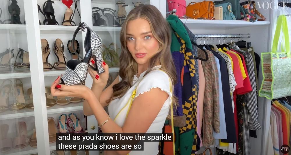 Thiên thần Miranda Kerr lần đầu tiết lộ tủ đồ và những món thời trang ruột Ảnh 17