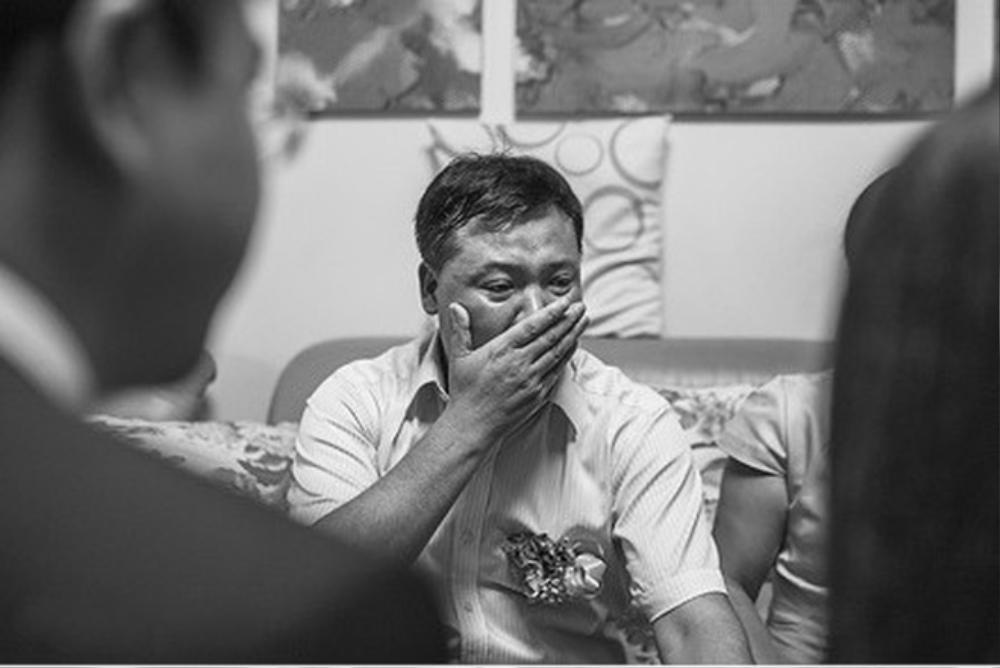Cựu nữ sinh 'trường NEU' về thăm nhà, rơi nước mắt khi nhìn thấy nồi cơm đã mốc và câu chuyện phía sau Ảnh 1