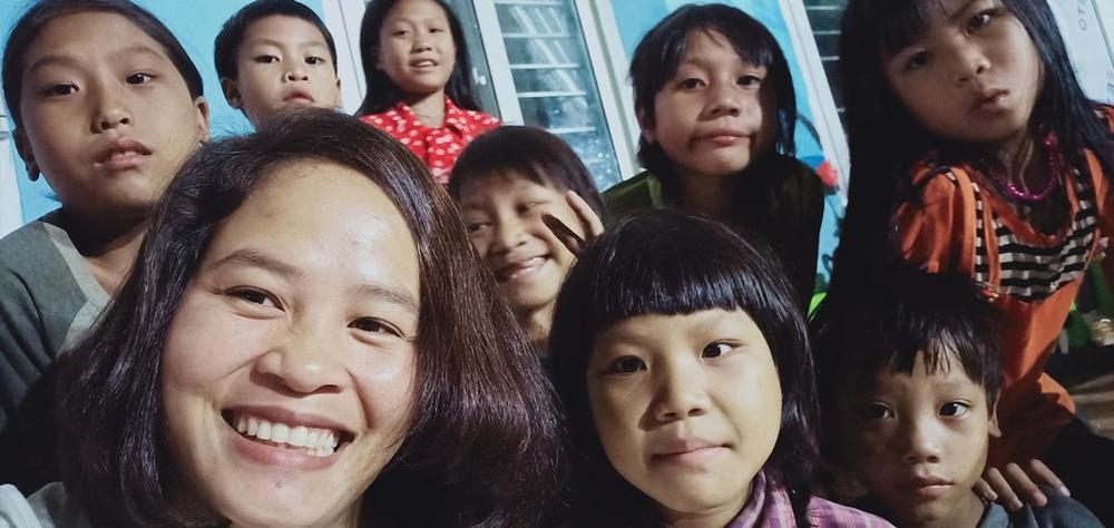 Những hồi ức đáng nhớ của nữ giáo viên 12 năm cùng học trò trèo đèo lội suối 'gieo con chữ' nơi vùng cao Ảnh 3