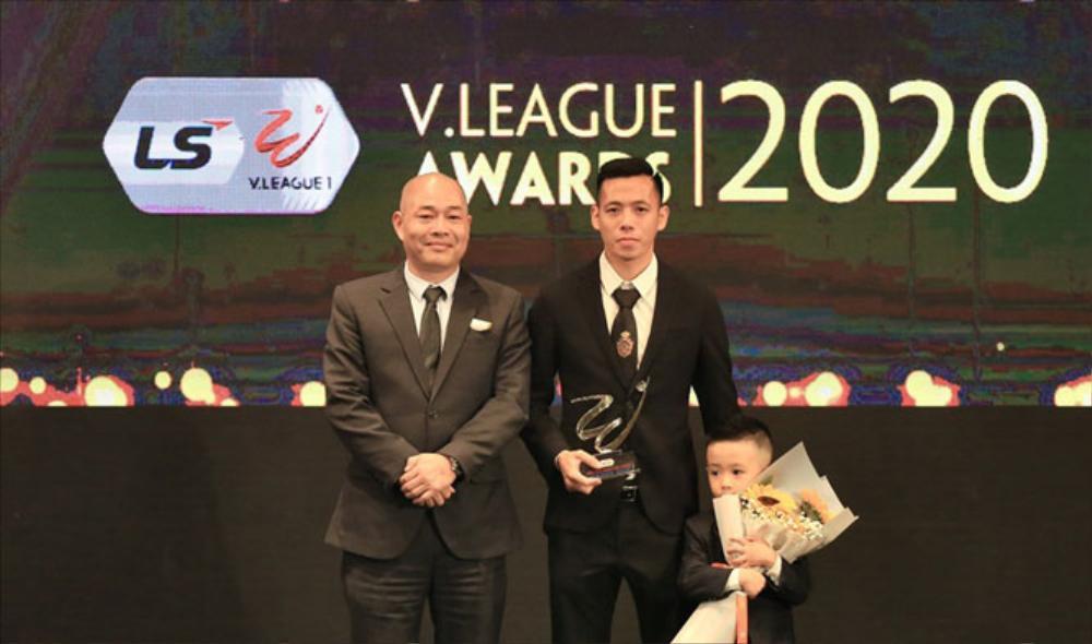 Văn Quyết xuất sắc nhất V-League 2020, thầy Park có 'yêu lại từ đầu'? Ảnh 1