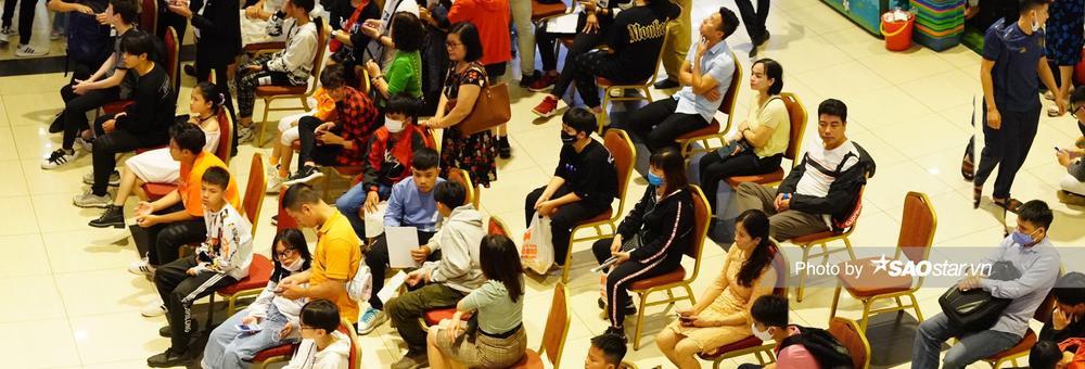 Dàn thí sinh tấp nập đổ bộ vòng casting đầu tiên 'Giọng hát Việt nhí 2021' tại Hà Nội Ảnh 5
