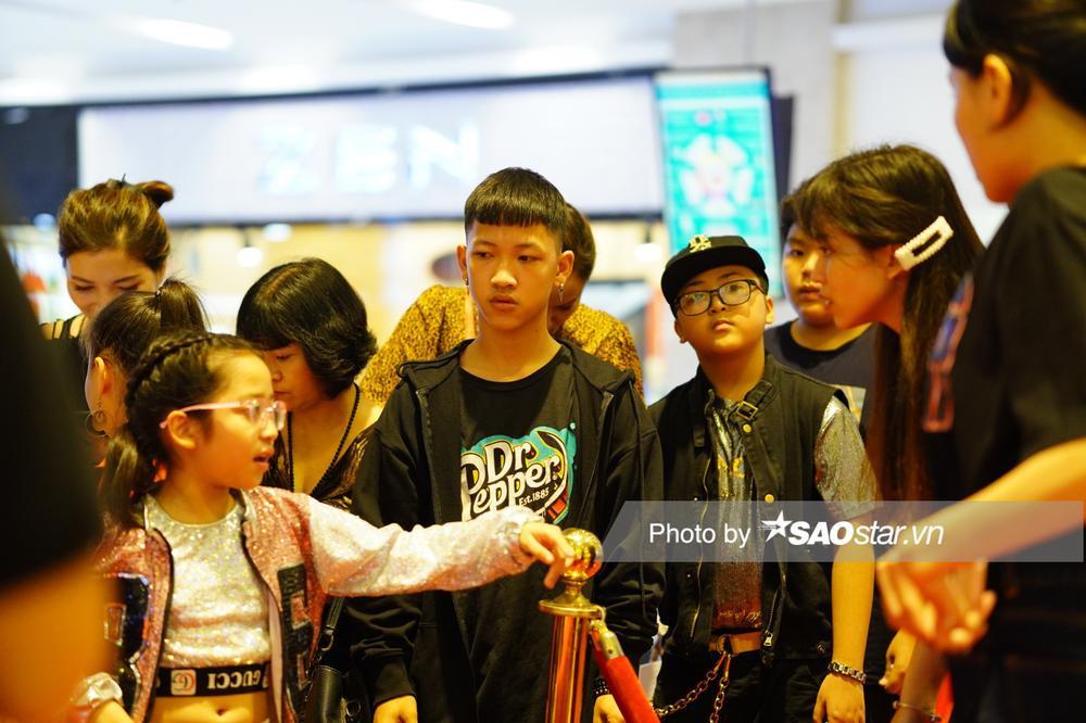 Dàn thí sinh tấp nập đổ bộ vòng casting đầu tiên 'Giọng hát Việt nhí 2021' tại Hà Nội Ảnh 3