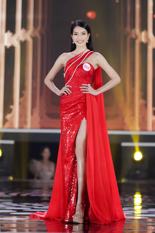 Đọ body của top 3 Hoa hậu Việt Nam 2020, Đỗ Thị Hà liệu có hoàn hảo hơn 2 Á hậu? Ảnh 6