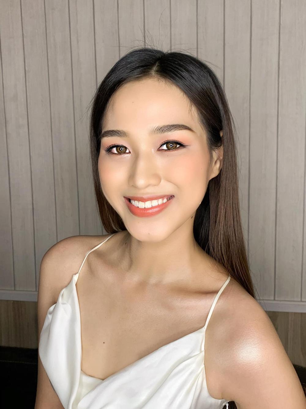 Tân Hoa hậu Đỗ Thị Hà bị soi hàm răng kém xinh giống Đỗ Mỹ Linh ngày mới đăng quang Ảnh 5