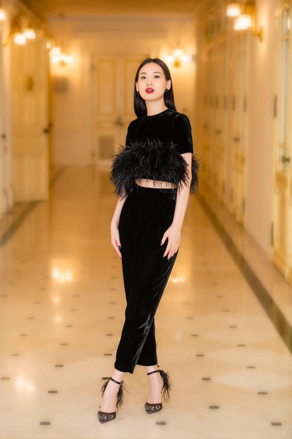 Thu/đông 2020: Fashionista khắp thế giới rộn ràng trong bữa tiệc thời trang lông vũ Ảnh 7