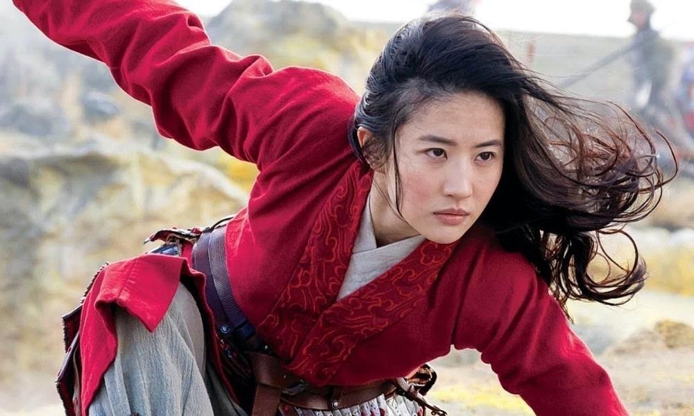 Bị chỉ trích diễn xuất trong 'Hoa Mộc Lan', Lưu Diệc Phi được đạo diễn Trương Kỷ Trung lên tiếng bảo vệ Ảnh 2