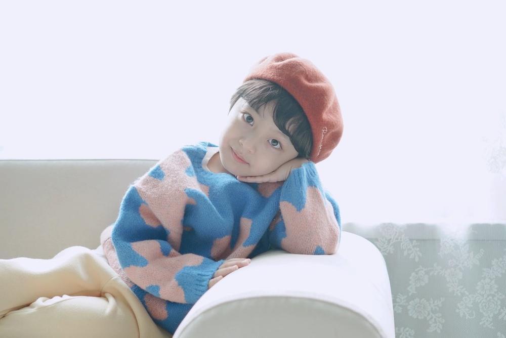 Con gái Kim Tae Hee hóa 'chàng rể nhỏ', xinh hơn cả nữ giới! Ảnh 6