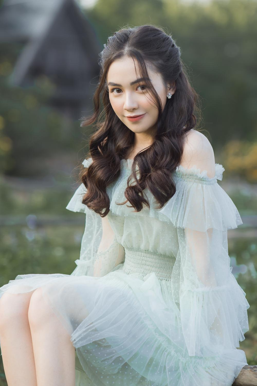 Nữ sinh ĐH Văn hóa nghệ thuật Quân đội với ngoại hình xinh đẹp, chia sẻ niềm đam mê đặc biệt với âm nhạc Ảnh 9