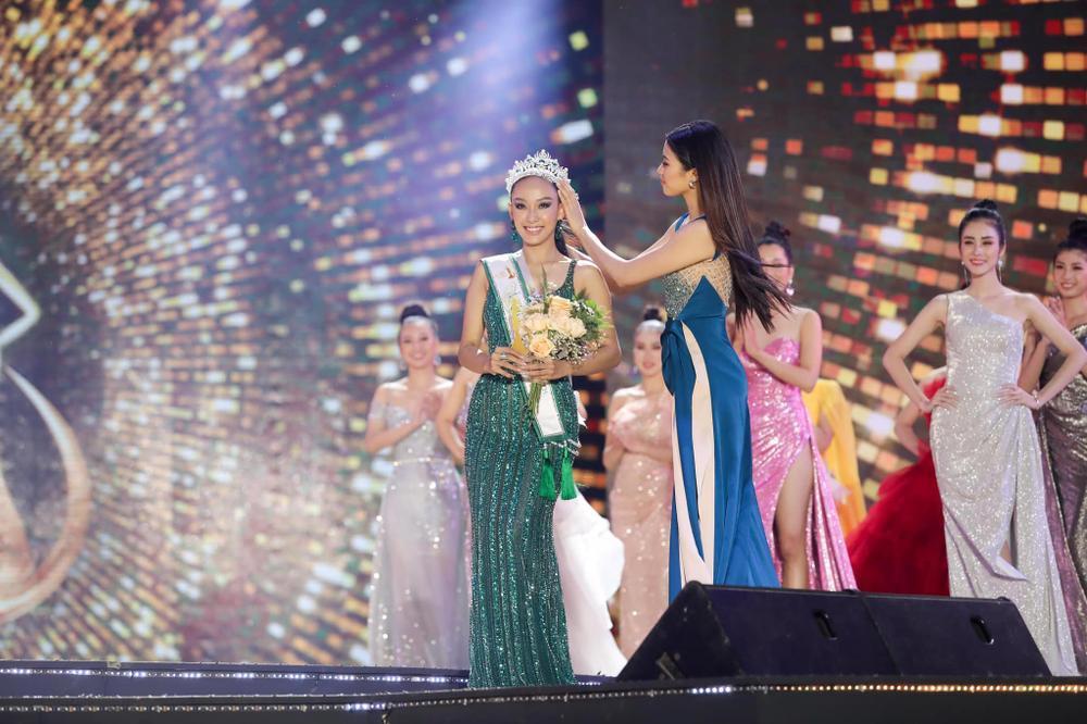 'Hốt sạn' đêm chung kết Hoa khôi Du lịch Việt Nam: Fan 'tẩy chay' không nên tổ chức mùa giải tiếp theo Ảnh 11