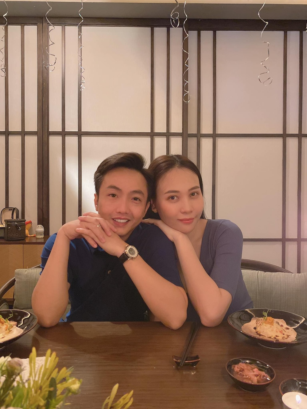 Bố con Cường Đô La mừng sinh nhật Đàm Thu Trang, món quà của Subeo chứng minh tình cảm mẹ con cực tốt Ảnh 1