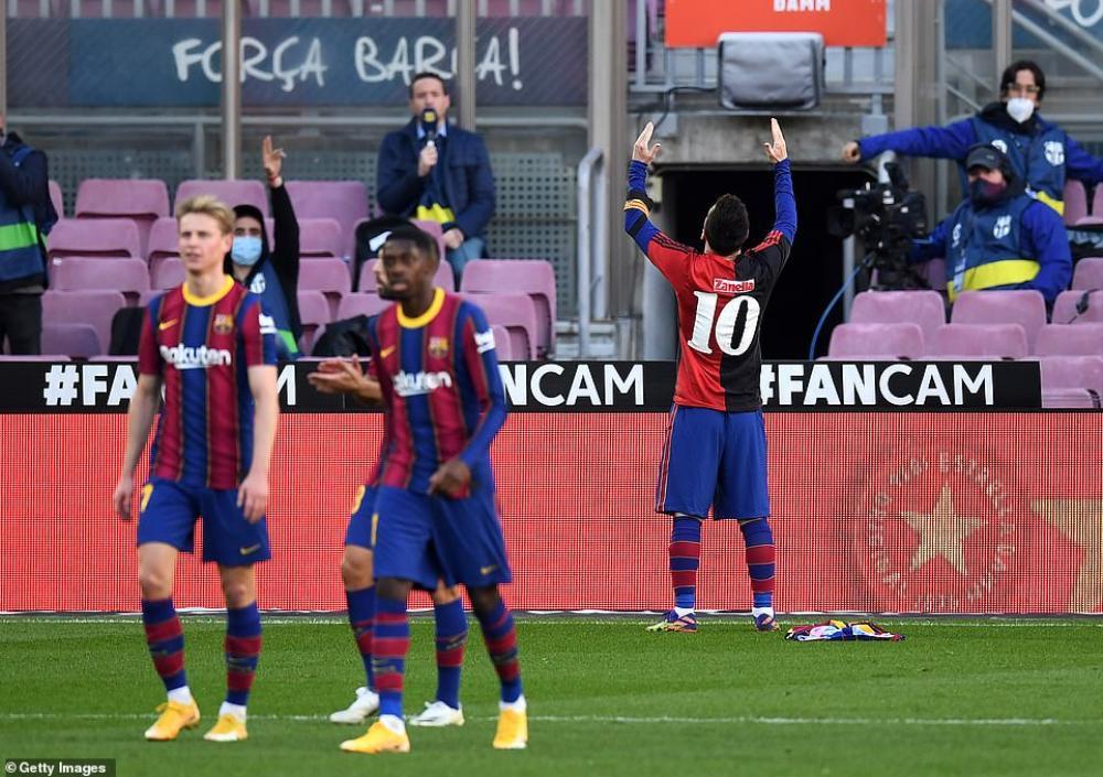 Messi tri ân huyền thoại Maradona, gây xúc động hàng triệu con tim Ảnh 1