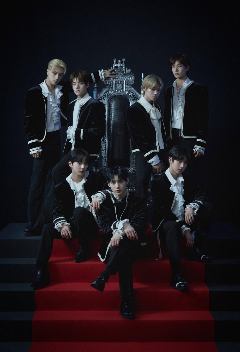 Vượt Wanna One, ENHYPEN 'chen chân' vào top 2 doanh số album debut ngày đầu của idol group Ảnh 2