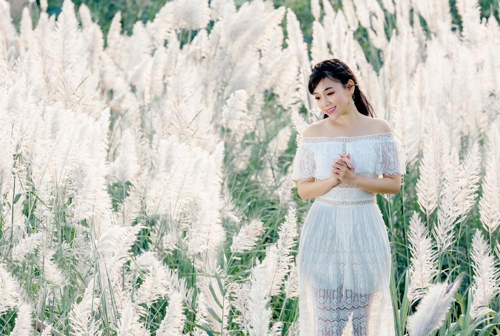 Cánh đồng cỏ lau ở Hà Nội đã vào mùa khoe sắc trắng, đẹp đến ngỡ ngàng Ảnh 3