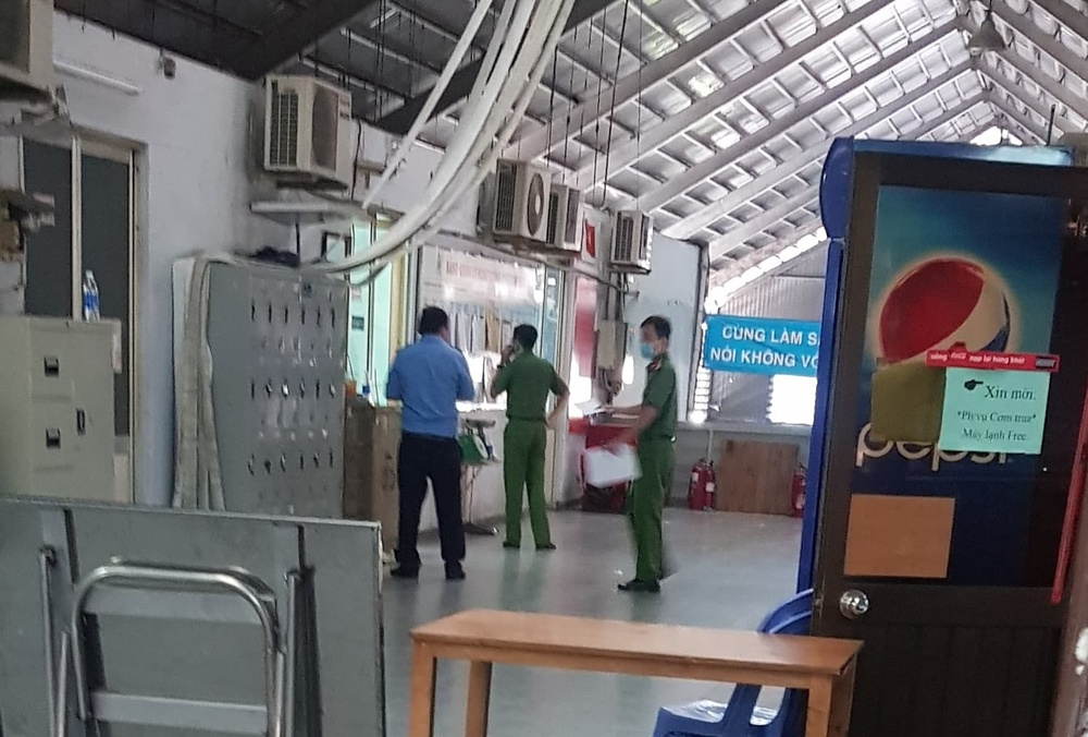 Trưởng ban quản lý chợ Kim Biên bị đâm tử vong trong lúc cự cãi với nhân viên Ảnh 1