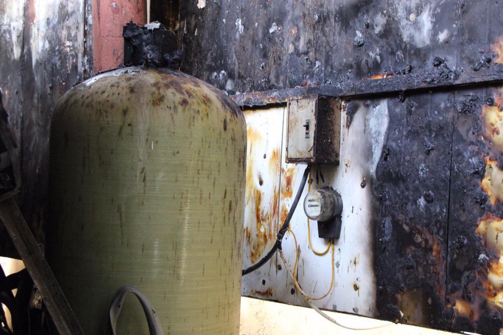 Cháy cực lớn hệ thống điều hoà chung cư, nhiều cư dân hoảng loạn bỏ chạy Ảnh 4