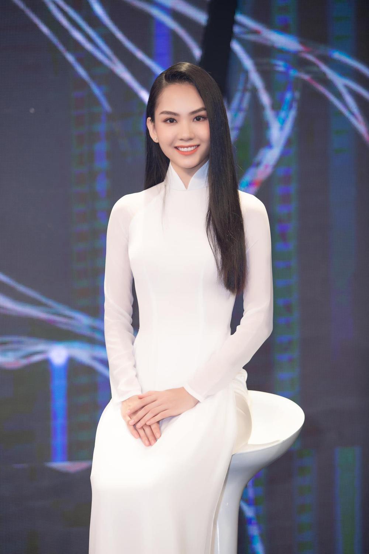 Người đẹp nhân ái Mai Phương: Tôi ngưỡng mộ trí tuệ của Lương Thùy Linh, sự thân thiện của chị H'Hen Niê Ảnh 1