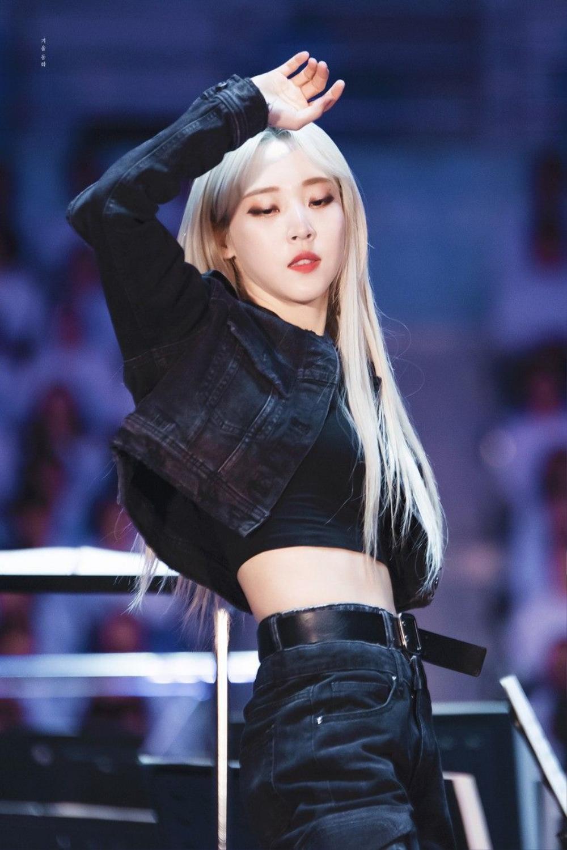 10 nữ idol K-Pop được các lesbian Hàn yêu thích nhất: Hạng 1 có khiến bạn bất ngờ? Ảnh 11