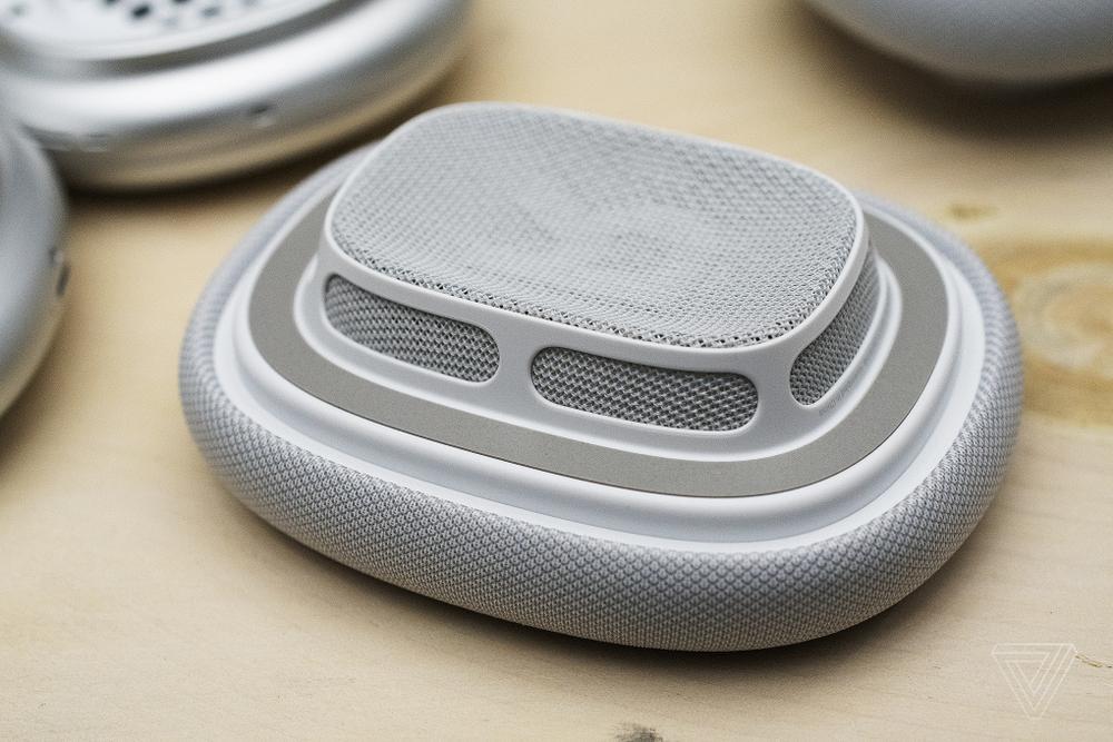 Cận cảnh tai nghe AirPods Max đầu tiên: Đẹp và kì lạ! Ảnh 6