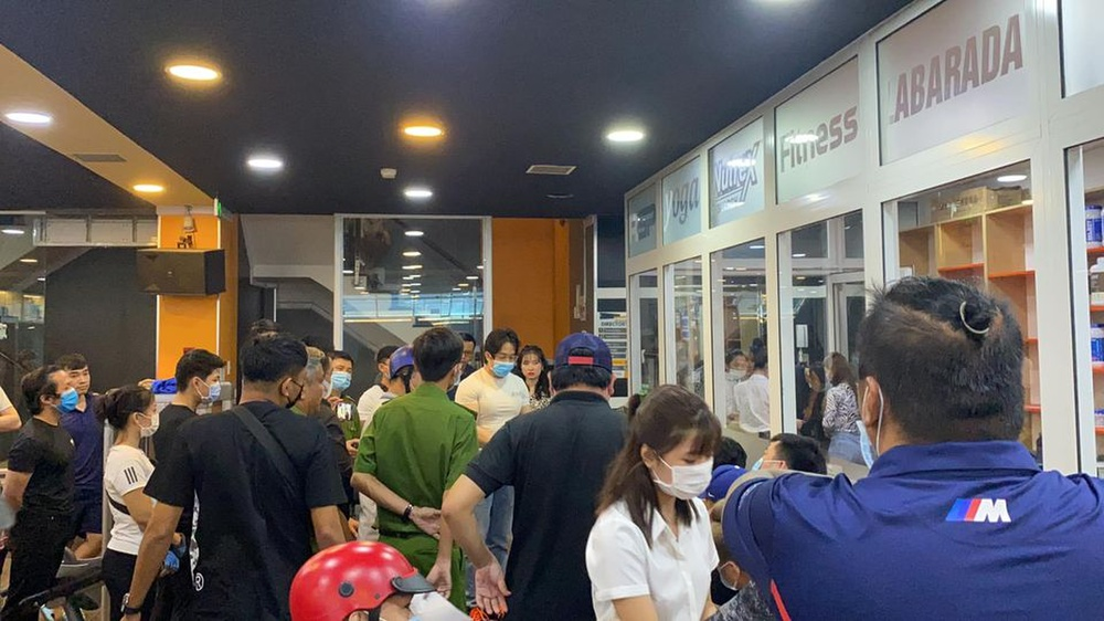 Clip gymer xin lỗi gia đình cố nghệ sĩ Chí Tài có view khủng, lọt top trending YouTube chỉ sau 1 ngày Ảnh 3