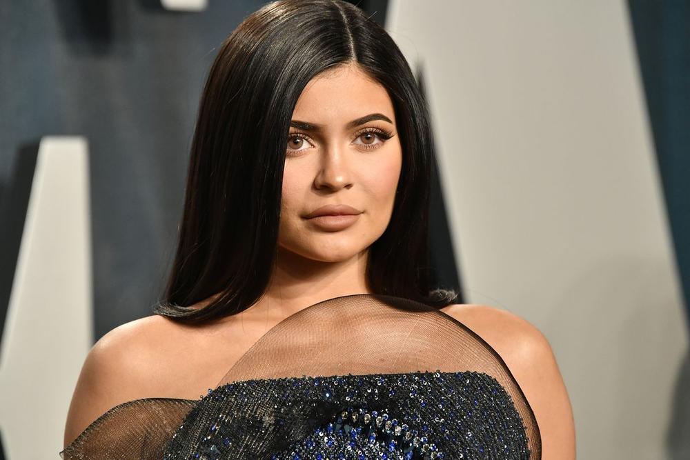 Những Celeb có thu nhập cao nhất năm 2020 được tiết lộ: Kylie Jenner và Taylor Swift ở vị trí nào? Ảnh 25
