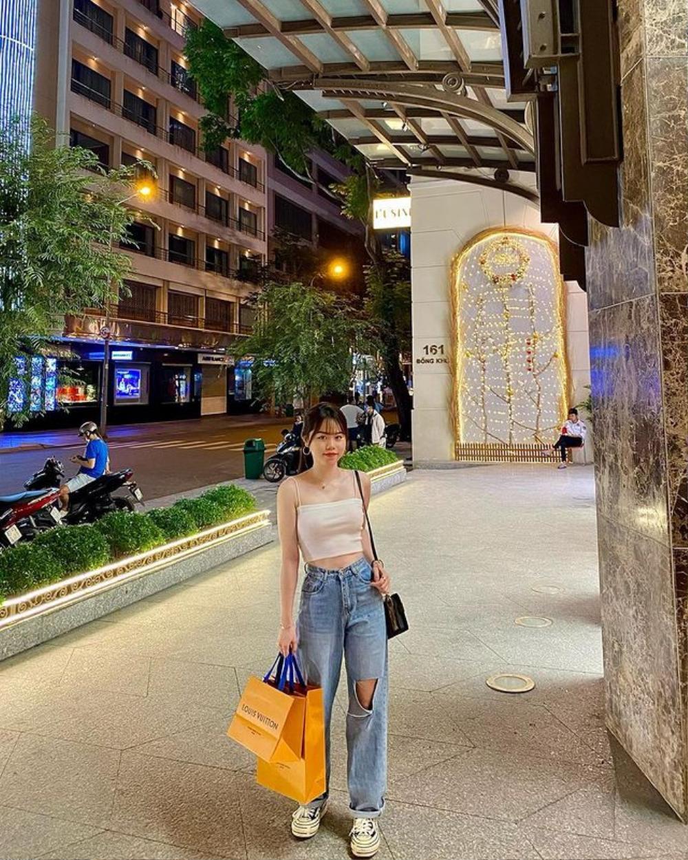 Dân mạng vẫn chưa 'buông tha' Huỳnh Anh sau 2 tháng chia tay Quang Hải Ảnh 2