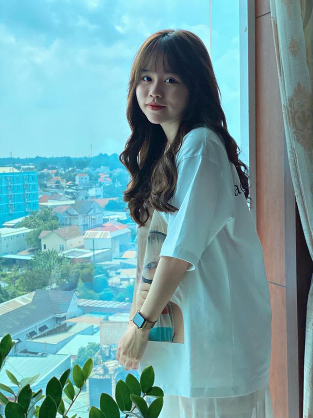 Dân mạng vẫn chưa 'buông tha' Huỳnh Anh sau 2 tháng chia tay Quang Hải Ảnh 1