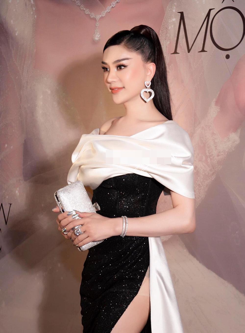 Lâm Khánh Chi mặc đầm xẻ đến hông, xinh đẹp rạng rỡ đạp tan tin đồn chỉnh sửa nát mặt Ảnh 2