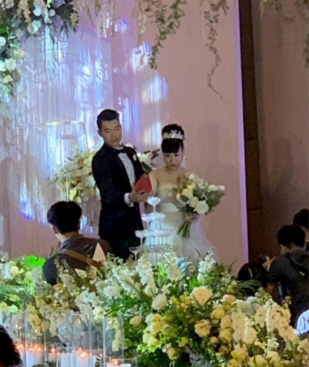 Quách Ngọc Ngoan, Quý Bình sống hạnh phúc, nhà cao cửa rộng sau khi lấy vợ đại gia hơn tuổi Ảnh 4
