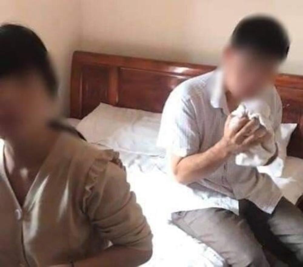 Vụ cán bộ xã bị bắt quả tang vào nhà nghỉ với phụ nữ đã có chồng: 'Chỉ để trao đổi công việc' Ảnh 1