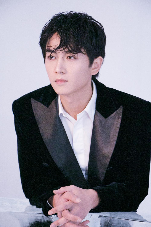 Fan Lưu Diệc Phi chê bai Trần Hiểu không xứng diễn cùng thần tượng họ trong 'Biện Kinh mộng hoa đồ' Ảnh 7