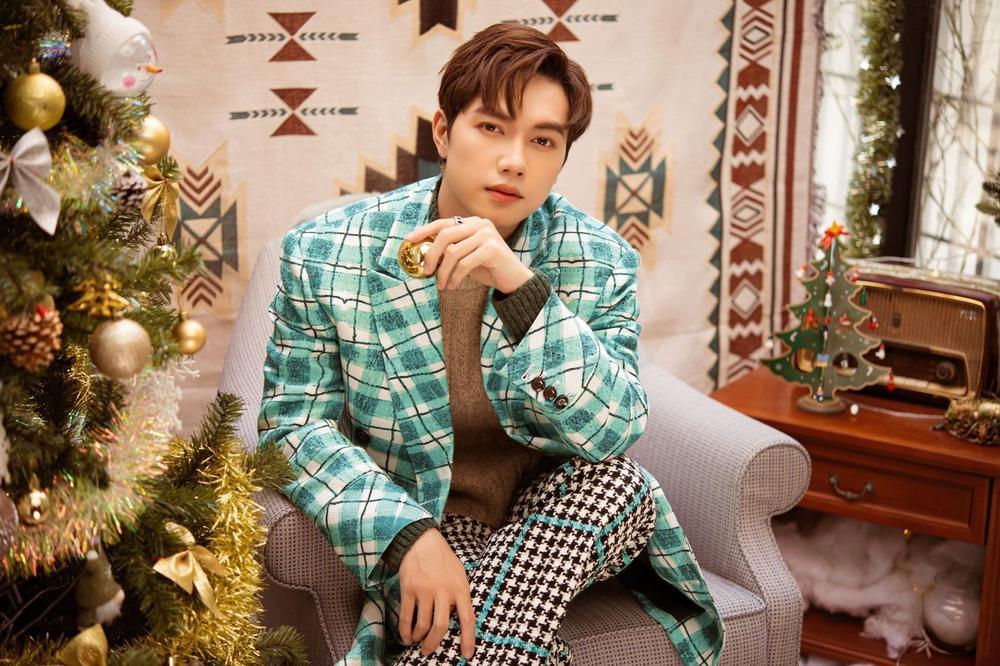 JSol đón Giáng sinh siêu ngọt ngào cùng Cara, fan tò mò: 'Noway đâu mất rồi?' Ảnh 2