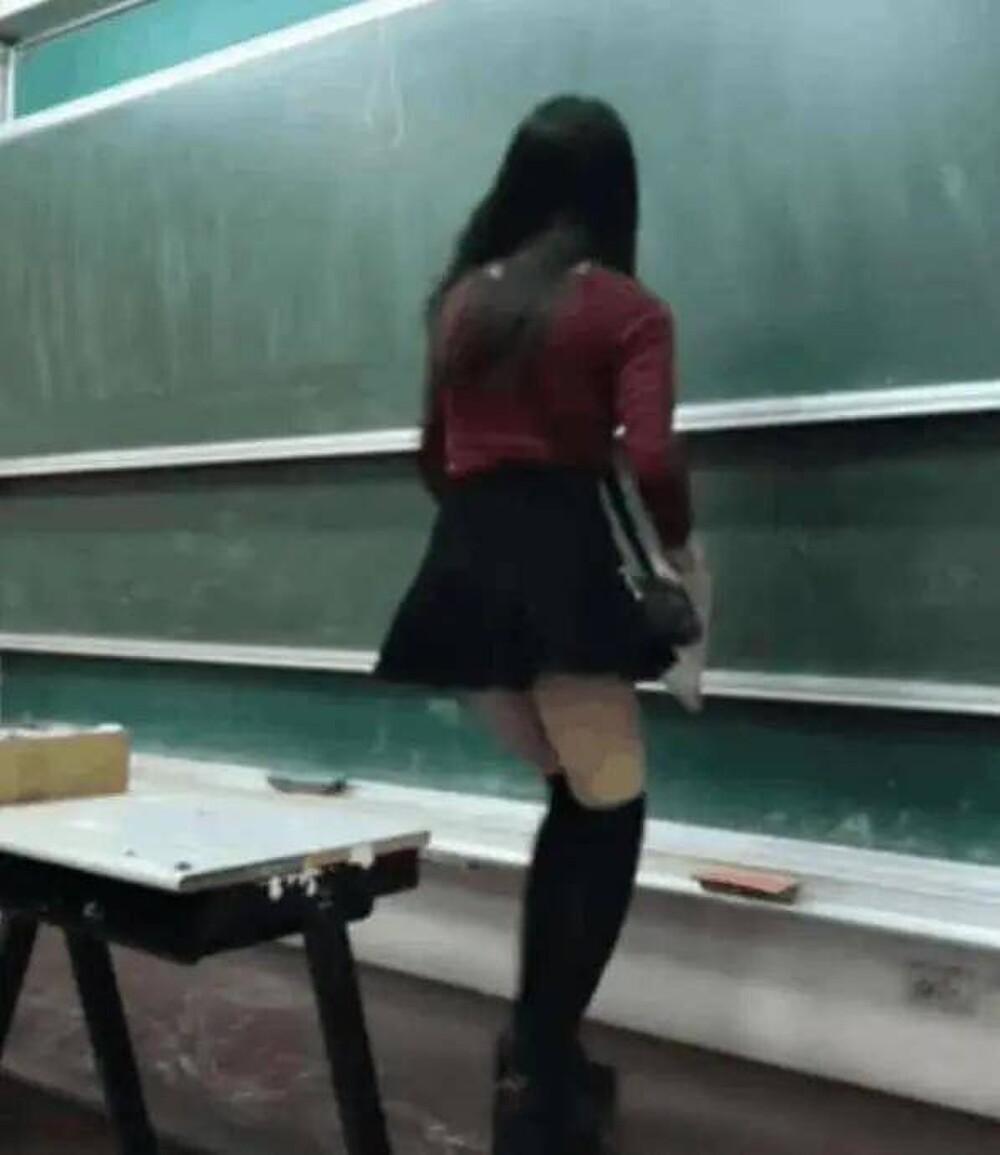 Cô giáo mầm non ăn mặc gợi cảm khi đứng lớp khiến phụ huynh tranh cãi dữ dội Ảnh 8