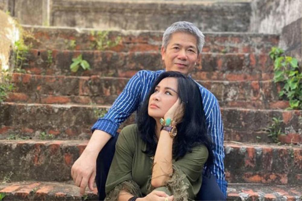 Diva Thanh Lam xinh đẹp sánh đôi cùng bạn trai bác sĩ dự sự kiện Ảnh 7