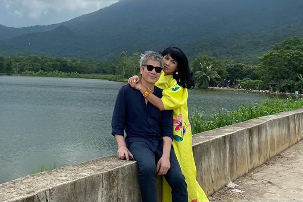 Diva Thanh Lam xinh đẹp sánh đôi cùng bạn trai bác sĩ dự sự kiện Ảnh 8