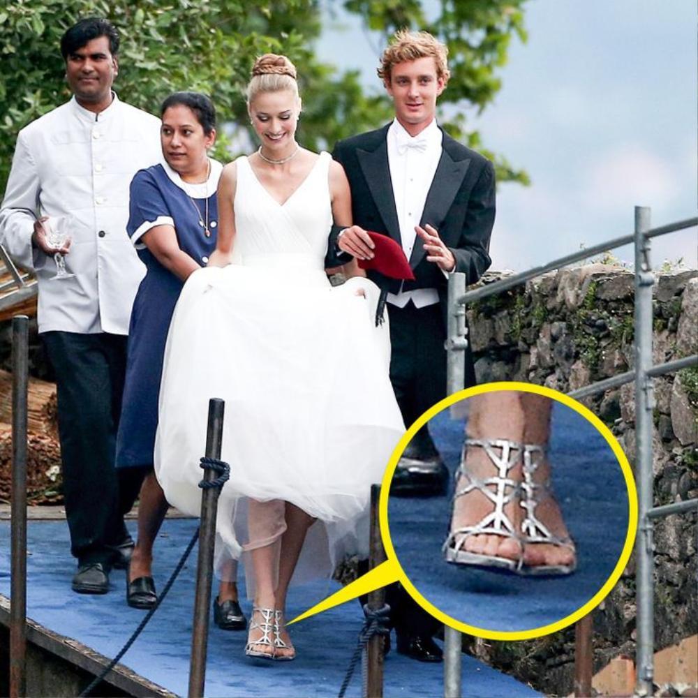 10 đôi giày cao gót huyền thoại trong đám cưới Hoàng gia và Hollywood Ảnh 9