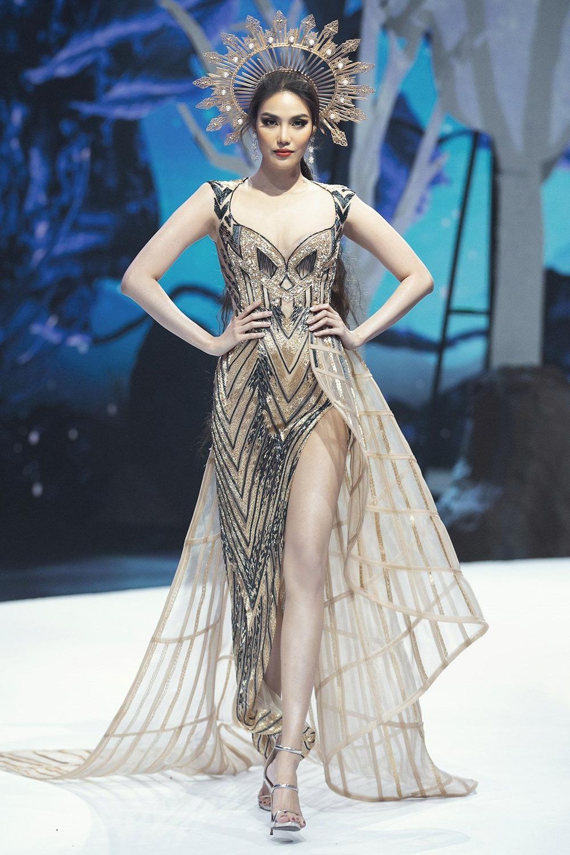 Người mẫu 9X thi hoa hậu thập kỉ 2010 - 2020: Tự hào H'Hen Niê - Hoàng Thùy in-top, kỳ vọng ở Khánh Vân Ảnh 3
