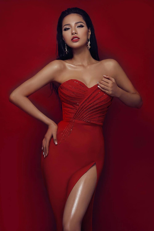 Người mẫu 9X thi hoa hậu thập kỉ 2010 - 2020: Tự hào H'Hen Niê - Hoàng Thùy in-top, kỳ vọng ở Khánh Vân Ảnh 11
