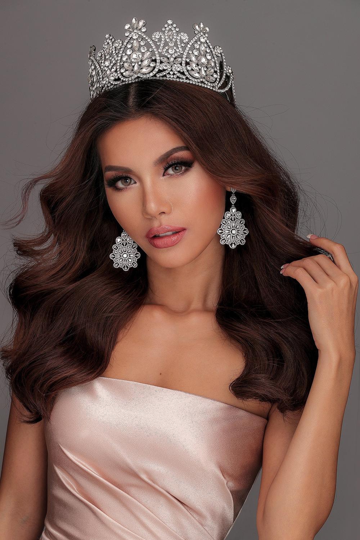 Người mẫu 9X thi hoa hậu thập kỉ 2010 - 2020: Tự hào H'Hen Niê - Hoàng Thùy in-top, kỳ vọng ở Khánh Vân Ảnh 8