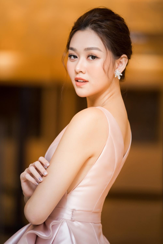 Lý giải xu hướng người mẫu thi hoa hậu từ thành công của Lan Khuê - Minh Tú - Hoàng Thùy - H'Hen Niê Ảnh 4