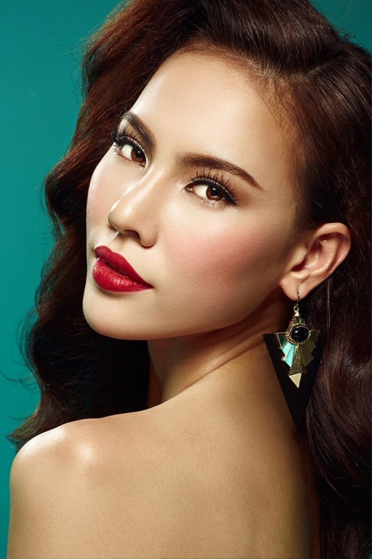 Người mẫu 9X thi hoa hậu thập kỉ 2010 - 2020: Tự hào H'Hen Niê - Hoàng Thùy in-top, kỳ vọng ở Khánh Vân Ảnh 19