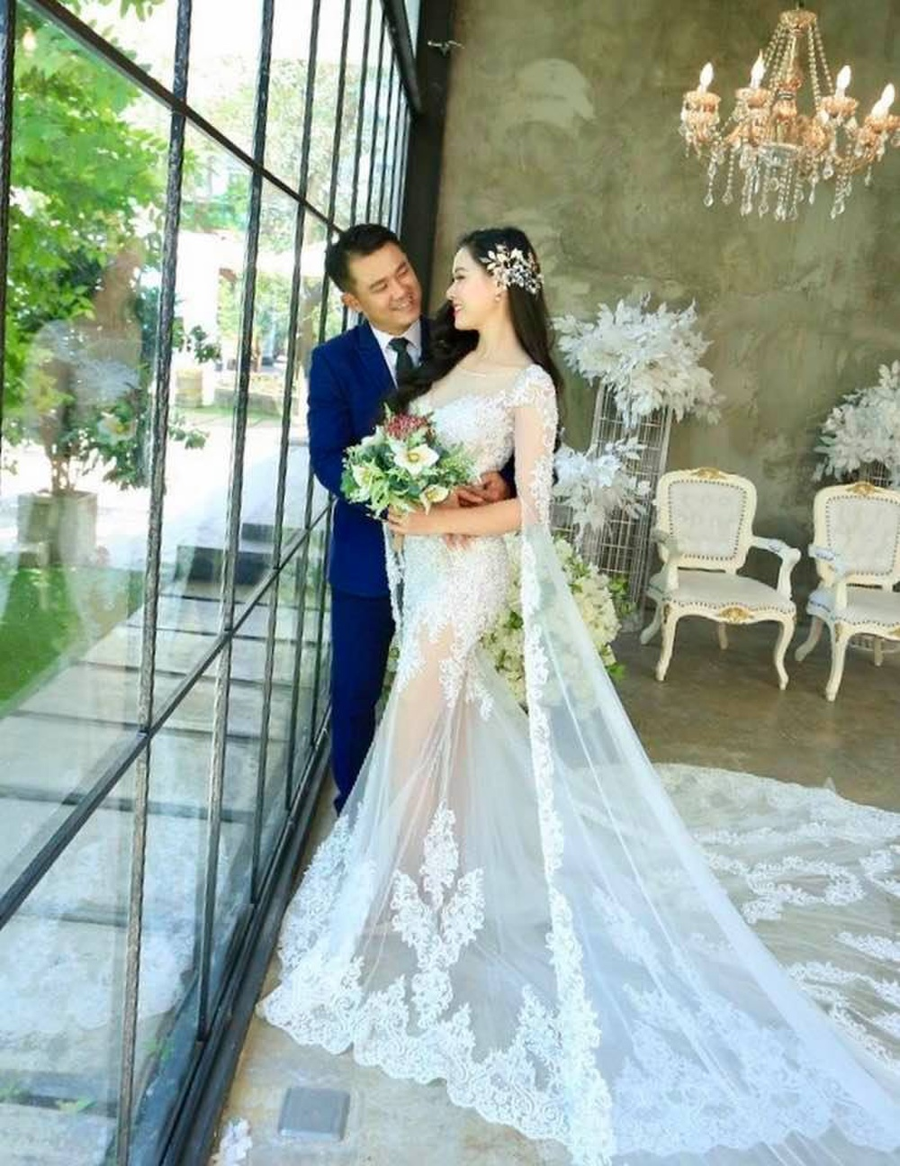 Chân dung người vợ kém tuổi của Vân Quang Long Ảnh 1