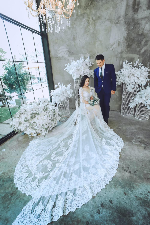 Chân dung người vợ kém tuổi của Vân Quang Long Ảnh 6